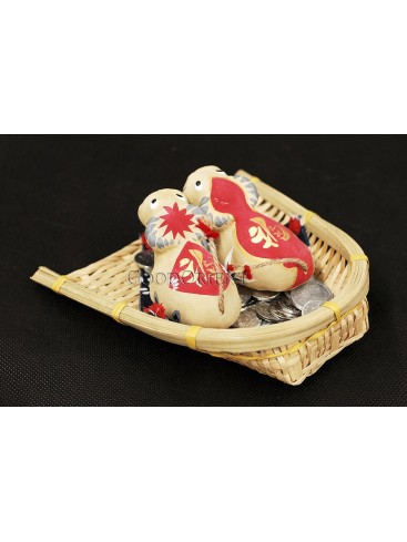 Handmade Clay Figurines --- Fu Cows Looking The Sky In The Bamboo Dustpan