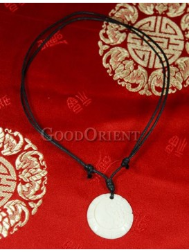 Eight diagrams round ox bone pendant necklace