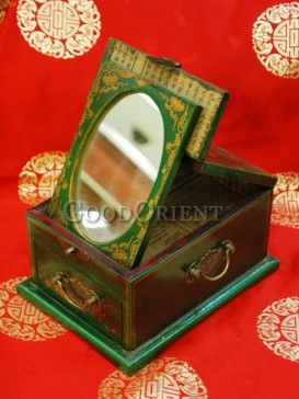 Antique Three-dimensional Wooden Cosmetic Cases---Green