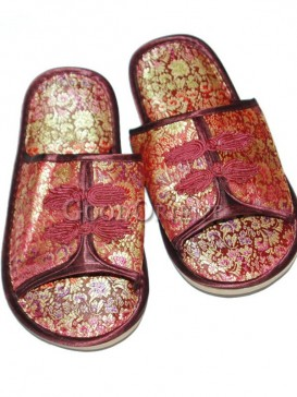 Chinese Comfortable Red Brocade Slippers for Men