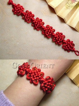 Gold and red Chinese knot bracelet