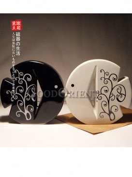 Chinese porcelain Black and White Fish couples