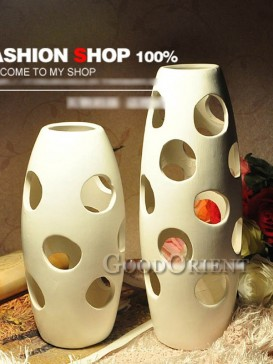 Chinese porcelain white big and small vase