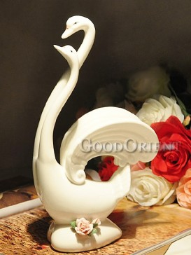 White Swan Couple Japanese porcelain