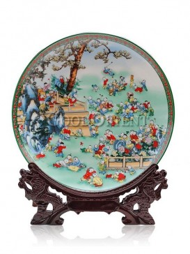 "Colorful decorative plate with ""Hundred sons"" design"