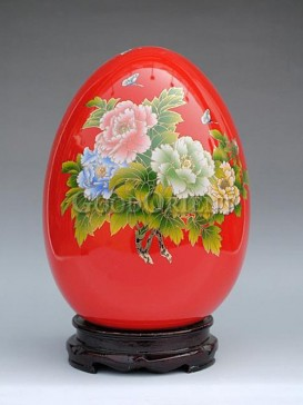 Porcelain Egg with peony flower design