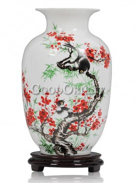 Porcelain vase with plum blossom and birds pattern