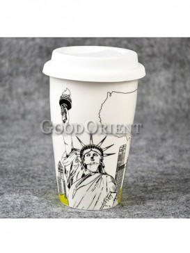 Coffee Cup with Statue of Liberty design