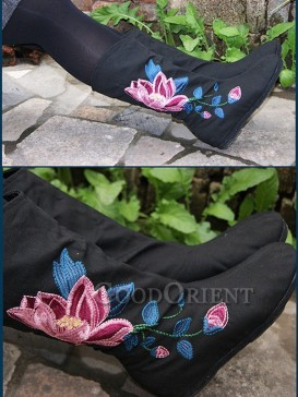 Ethnic Fashion Cotton Padded Embroidery Boots