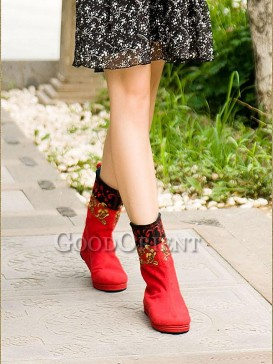 Scarlet Red Embroidery Ethnic Boots