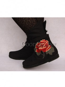 Handcrafted Black Ethnic boots