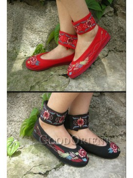 Black with Red design Ethnic Shoes
