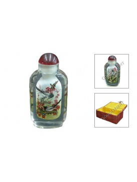 Pie and Plum Blossom Snuff Bottle