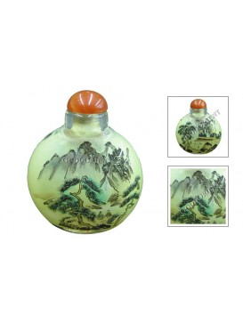 Pine On The Mountain Snuff Bottle
