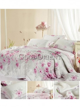 Special bedding with flower prints design
