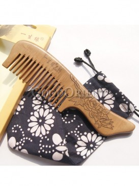 Handcrafted comb with peony carving design