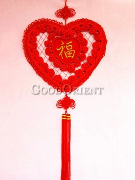 heart shaped Chinese knot wall decoration