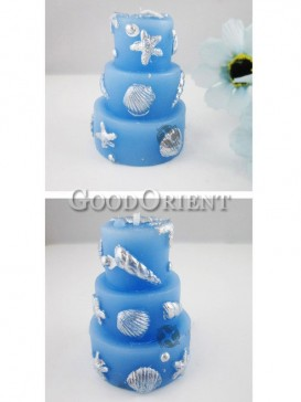Wedding candles with cake pattern design