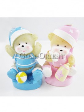 Cartoon bear character candle