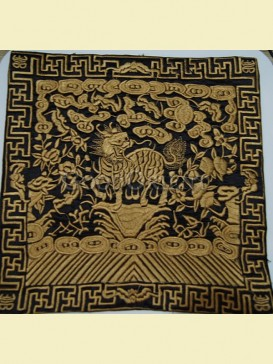 Gold embroidery of kylin pattern mouse pad