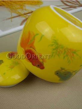 Classical fish pattern tea caddy