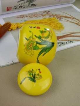 Asian style with daffodil pattern tea caddy