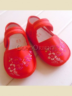 Classical embroidery plum blossom pattern baby shoes