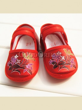 Exquisite embroidery cymbidium pattern baby shoes