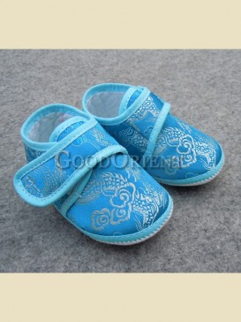 Sky blue with embroidery dragon pattern baby shoes