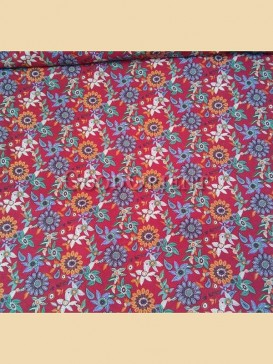 Brilliant floral pattern fabric