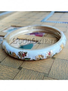 White flower design cloisonne bracelet