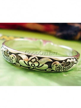 Exquisite carved carp silver bracelet