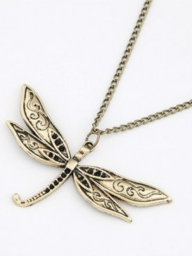 Lovely butterfly design necklace
