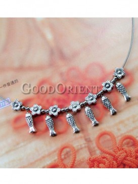 Lovely fish design necklace