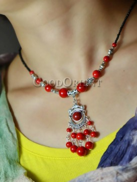 Natural red beaded necklace