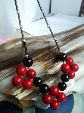 Red & Black beaded necklace
