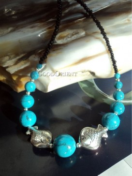Blue bead & fish pattern necklace