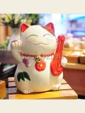 Zakka's maneki neko ceramic piggy bank