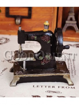 "Zakka's ""old sewing machines""furnishing articles"