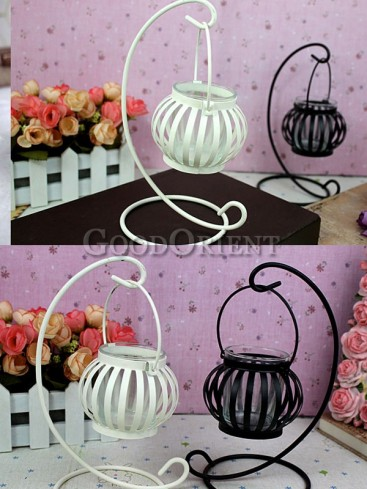 Soft time creative iron cage candlestick