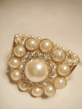 Luxury charming pearl bracelet