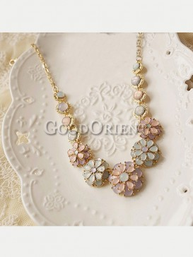 Floral ice cream necklace