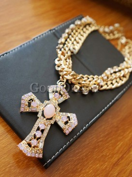 Fantastic baroque style cross necklace