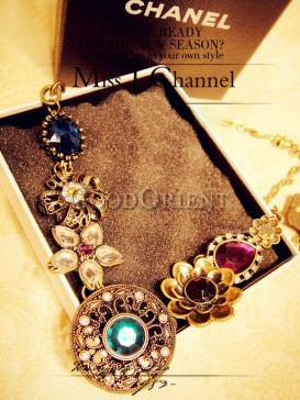 Ethnic royal necklace