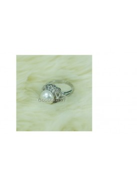 White Freshwater Pearl Ring