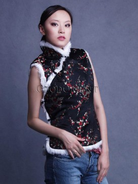Black Plum Blossom Wadded Vest