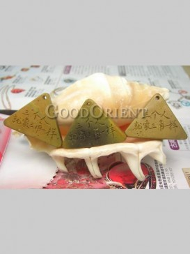 Customized Triangle Shape Stone Pendant