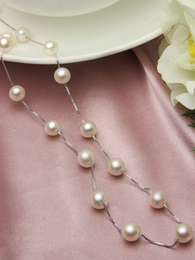 Fashionable Natural Pearl Necklace