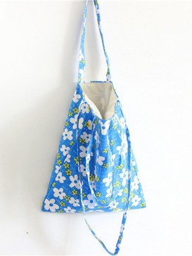 Fresh White Floral Cloth Bag