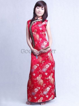 Chinese Red Floral Silk Brocade Cheongsam